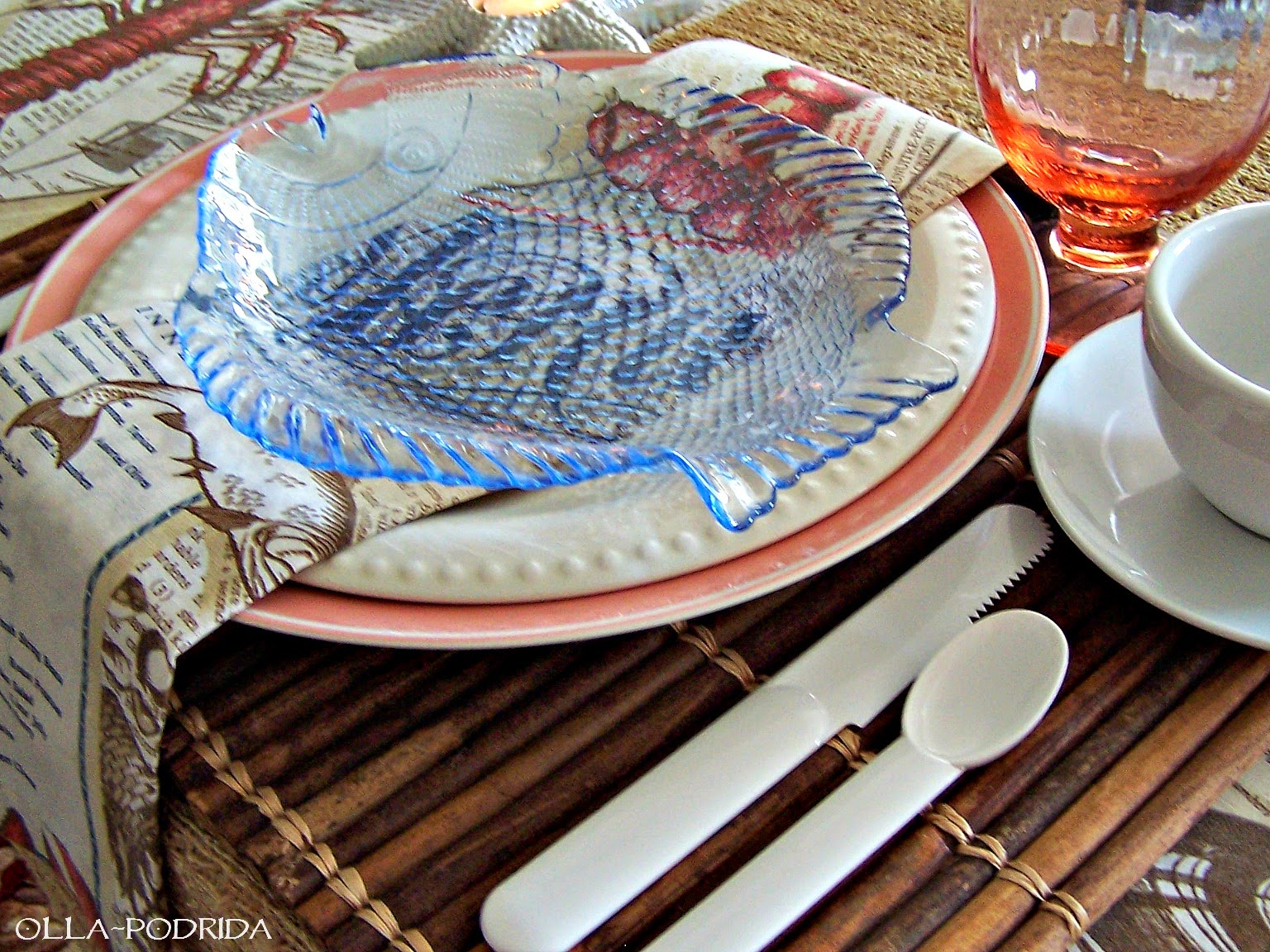 Olla Podrida Seaside Picnic Table Setting