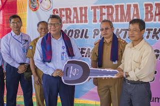 Peduli Pendidikan, Indocement Bantu 2 Unit Mobil Untuk SMK