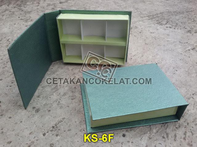 Kemasan Mika kotak sekat coklat cokelat KS-6F