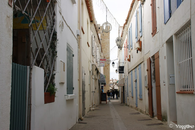 Il bel centro e le casette colorate di Les Saintes Maries de la Mer