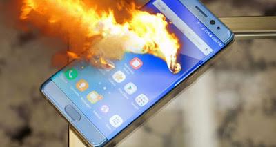 وفاة 8 أفراد من عائلة واحدة بسبب انفجار شاحن هاتف محمول