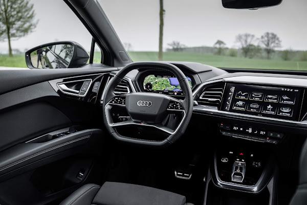 Audi Q4 45 e-tron Quattro - painel