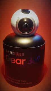 Samsung GEAR 360 - Ma pokaźną wadę. A może to jednak zaleta?