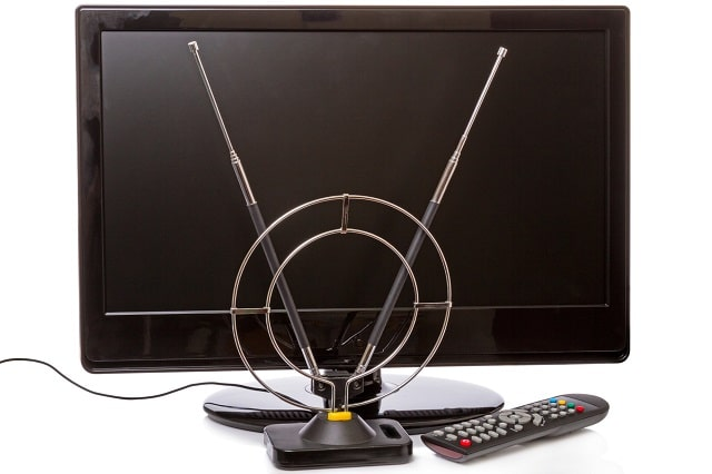 how do antennas work tv signal radio antenna
