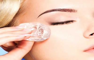 benefits of Ice cube massage on puffy eyes, benefits of Ice cube on puffy eyes