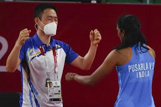 coach-encourage-sindhu