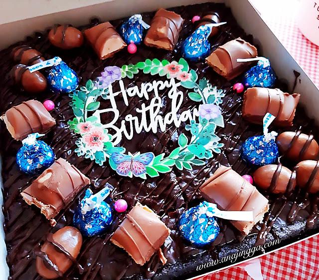 brownies birthday decor