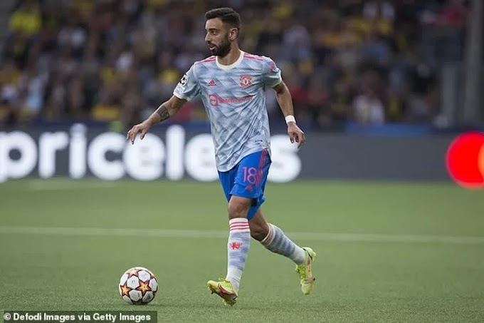 Bruno Fernandes and Manchester United 'in positive talks' over extending his contract