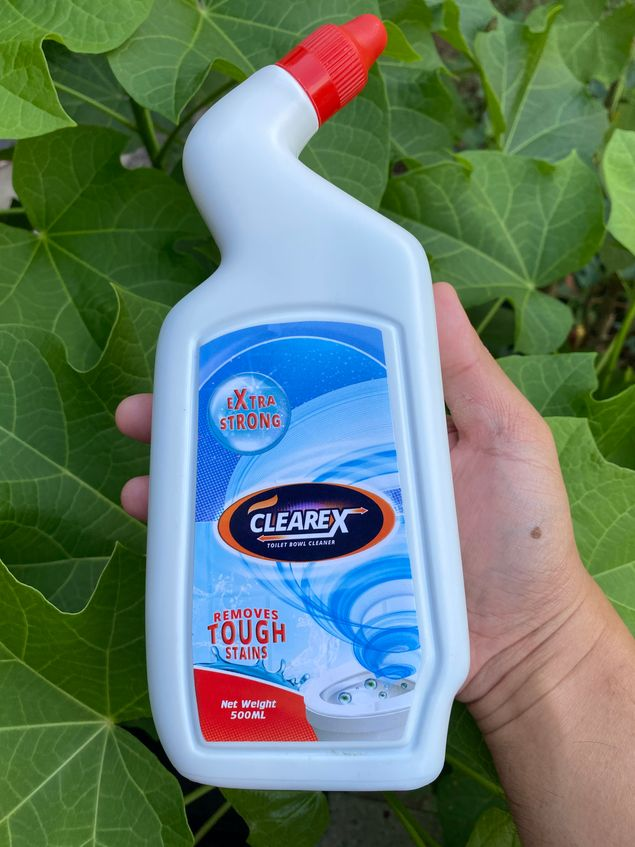 Clearex toilet bowl cleaner