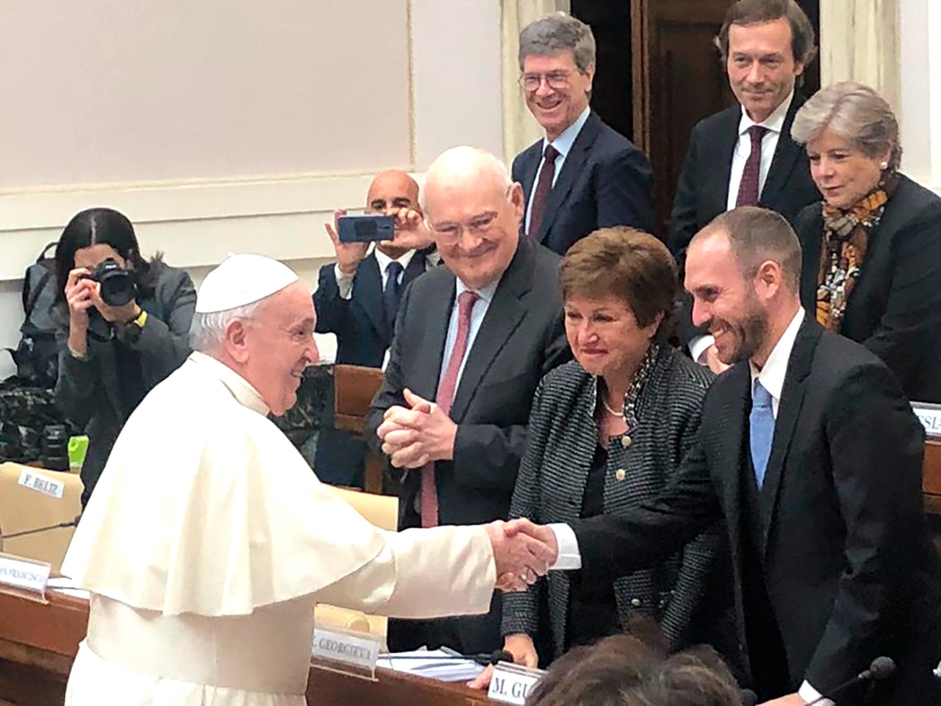 El Papa recibió a Martín Guzmán en el Vaticano para buscar su apoyo en la negociación de la deuda con el FMI