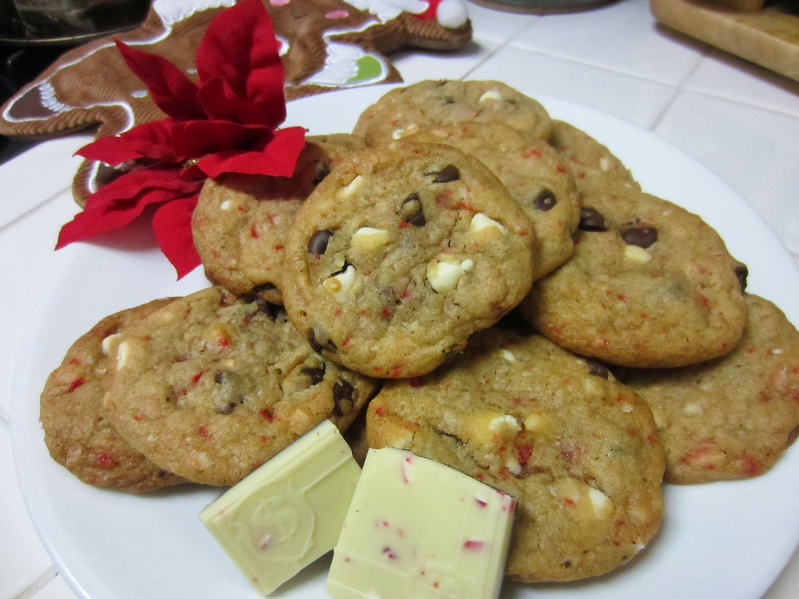 Peppermint Bark Cookies. Peppermint Bark Chocolate Chip Cookie Recipe ...