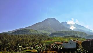 Jalur Pendakian Gunung Lawu dari Jakarta