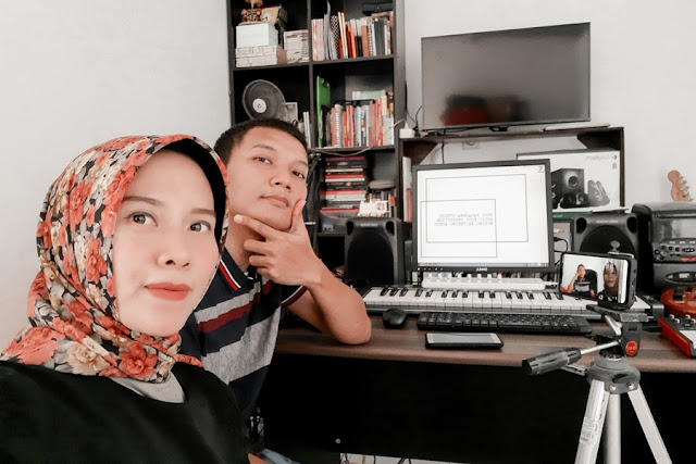 JASA VOICE OVER TALENT INDONESIA