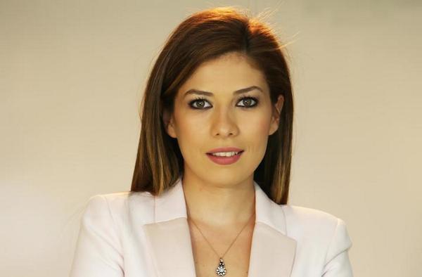 Hande Aydemir kimdir? aslen nerelidir? kaç yaşında? evli mi? eşi kim? biyografisi ve hayatı hakkında kısa bilgi.