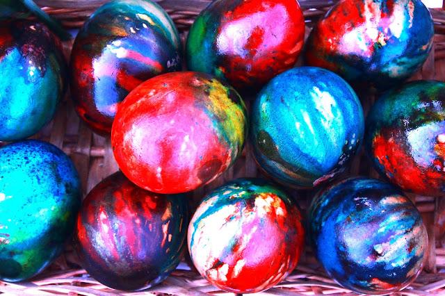 Uskršnja-jaja-farbanje-na-pari
