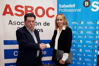 ASBOC firma un convenio de colaboración con Banco Sabadell para facilitar la financiación de sus asociados