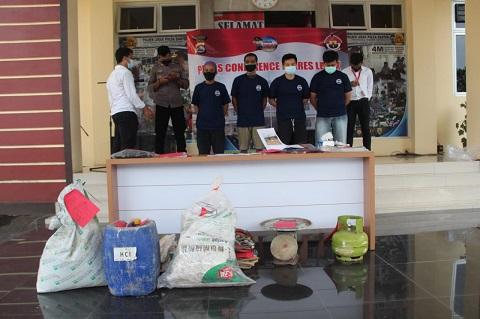 Polres Tangkap 4 Orang Penambang Ilegal Di Lebak