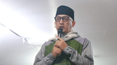Ustadz Zaki Mirza Isi Tabligh Akbar Pemkab Tanjab Barat