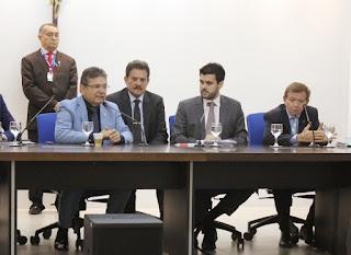 Governo sanciona Lei aprovada na ALPB que multa quem divulgar fake news sobre o coronavírus