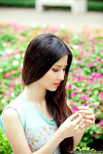 Gentle beauty and femininity of the Vietnamese girls 🌻🌼🌺🌸🍀