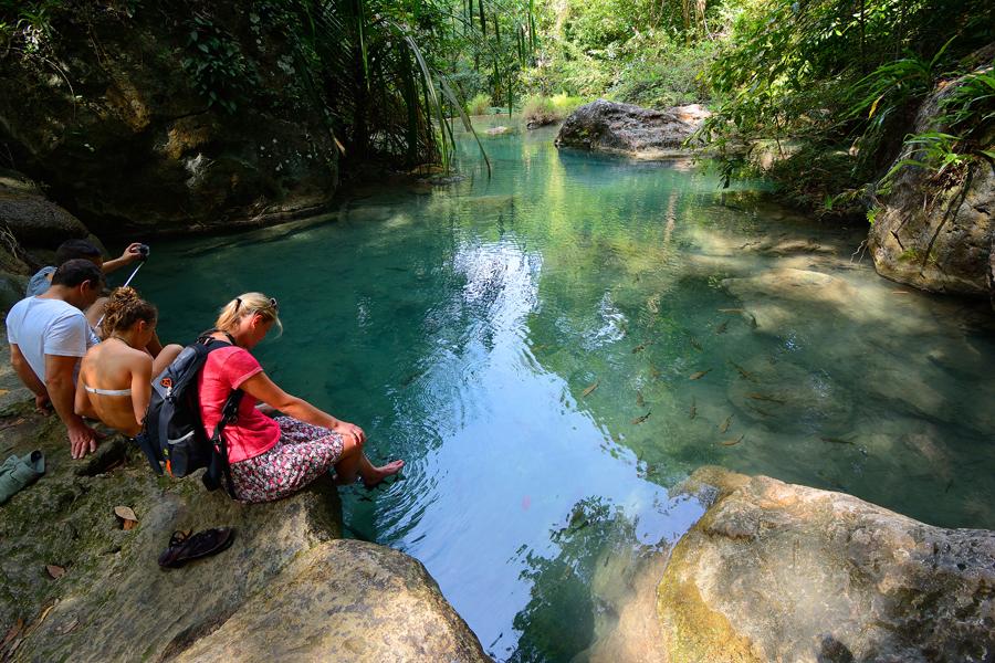 wodospady erawan, kanchanaburi, rybki garra rufa