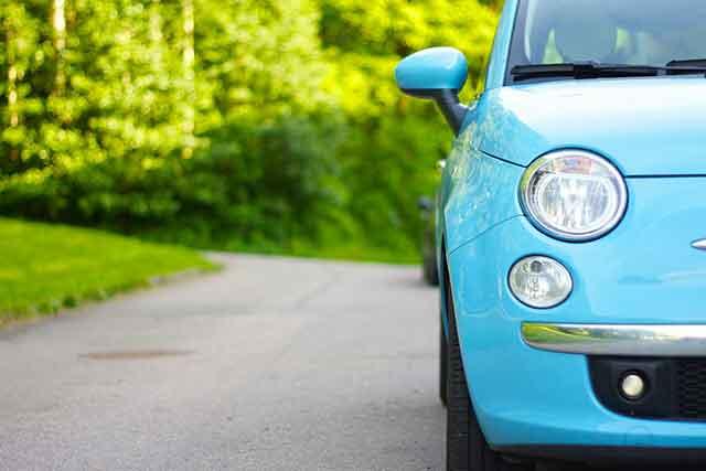 Cara Parkir Mobil Yang Benar dan Aman di tanjakan