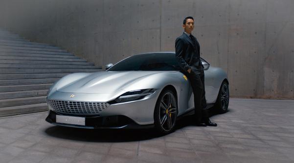 Pilih Aktor Jung Hae In Sebagai Ambassador, Apa kelebihan Ferrari Roma 2021 ?