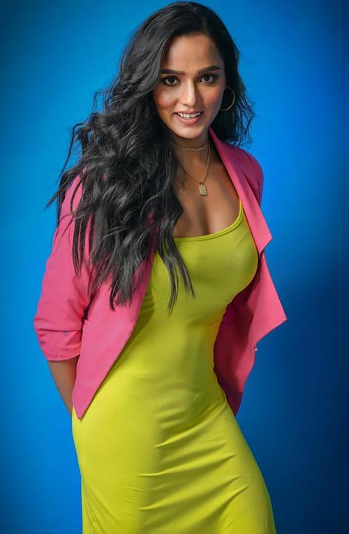Tuhina Das Bengali actress curvy body hai tauba damayanti nokol heere hoichoi