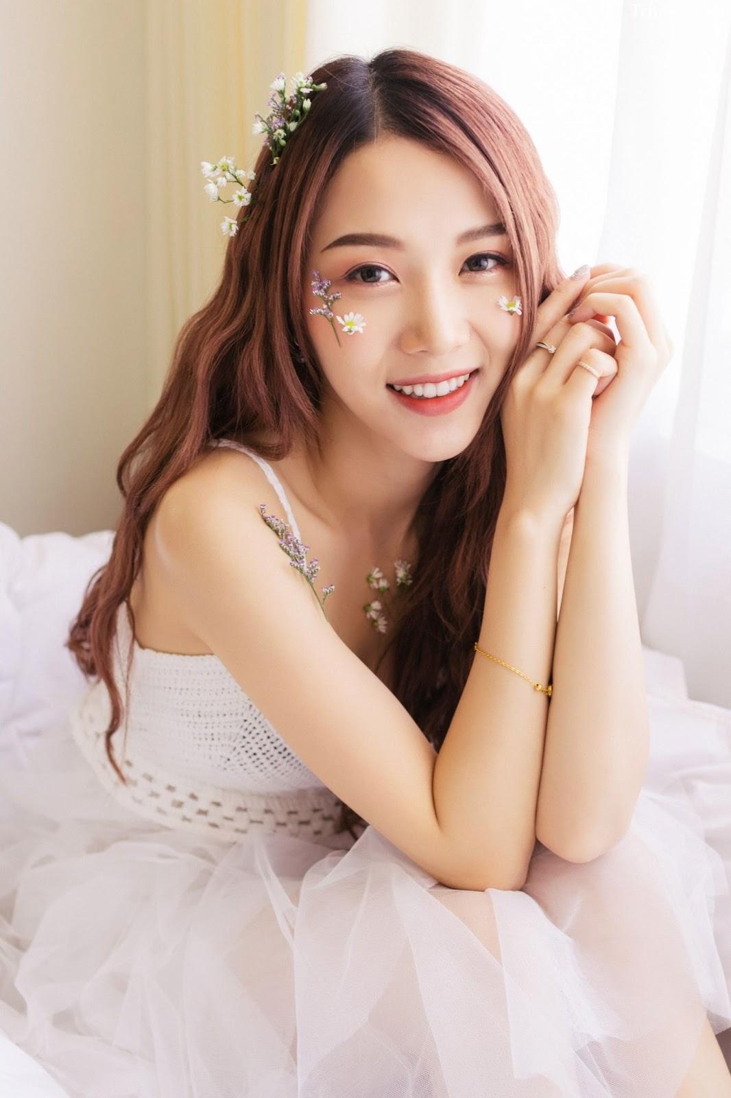 Thailand beautiful model Popor Saechur with photo album Little Princess - Picture 1