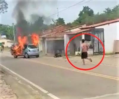 Após traição, homem incendeia carro, entra no veículo e morre carbonizado