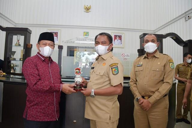 Bupati Darma Wijaya Paparkan Program Sapta Dambaan ke Wali Kota Tanjungbalai