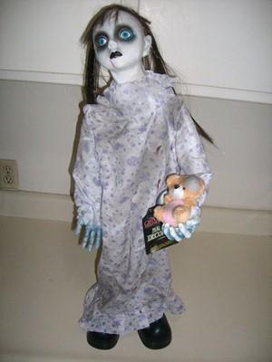 Хэллоуин, 31 октября, Halloween, All Hallows' Eve, All Saints' Eve, куклы на Хэллоуин, декор для дома на Хэллоуин, украшения на Хэллоуин, куклы, куклы анимированные, на Хэллоуин, шикарные праздничные украшения на Хэллоуин, монстры на Хэллоуин, привидения для интерьера, куклы анимированные, на Хэллоуин, оформление дома монстрами, привидения, летучие мыши, зомби, страшилки, идеи оформления дома на Хэллоуин, скелеты, Хэллоуин в интерьере, Декор для дома на Хэллоуин, куклы-монстры,