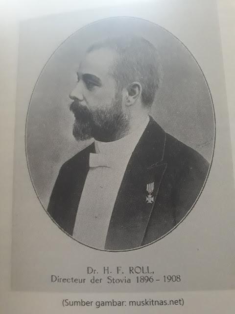 Direktur STOVIA   Dr. H. F. ROLL