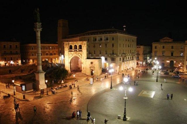 piazza santoronzo lecce storia damore - photo#3