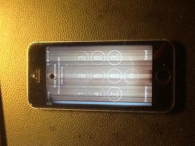 Thay man hinh iPhone 4 bị soc gia re lay ngay