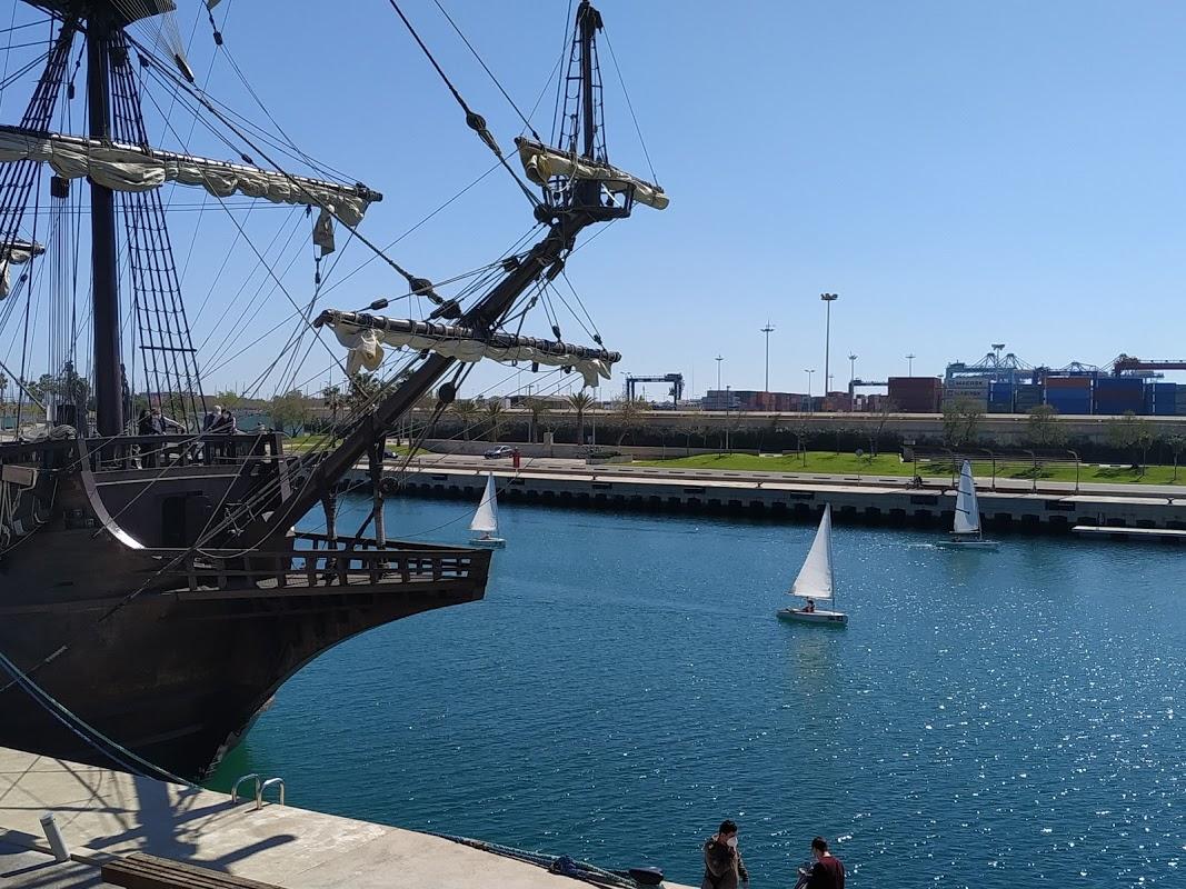 El Galeón en la Marina de Valencia