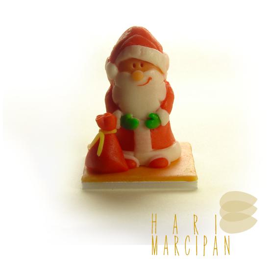 http://harimarcipan.blogspot.hu/2015/03/karacsonyi-tortamarcipanok.html