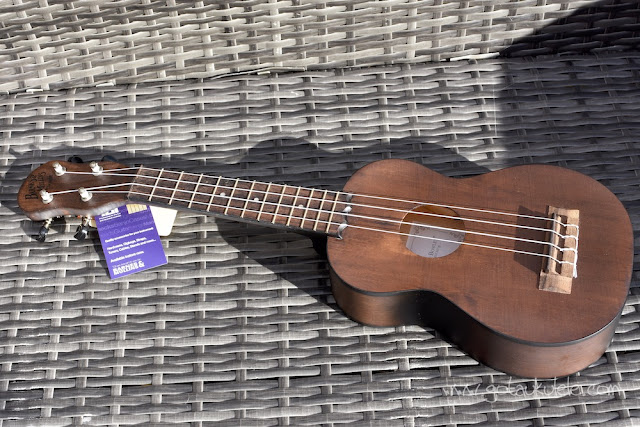 Barnes and Mullins Bowley Ukulele