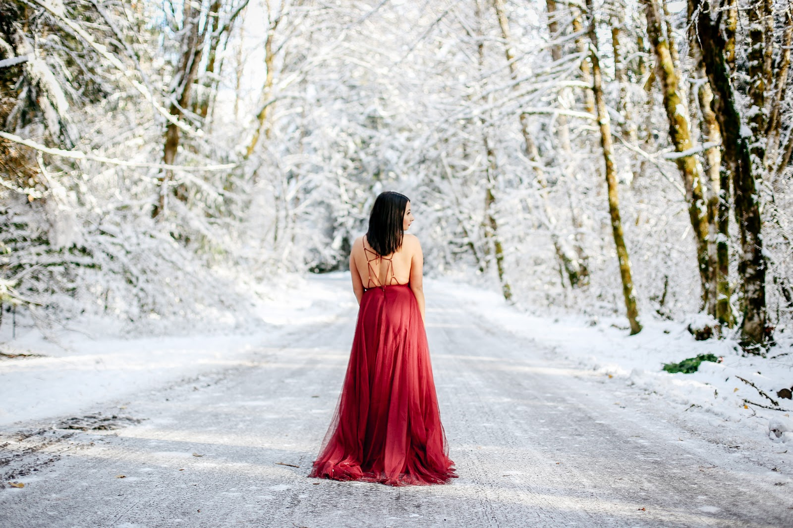 Spotted Stills, Portland, Mt Hood photos, snow photos, portland photographer, holiday photos, christmas photos, portland christmas photographer, red dress, floral crown