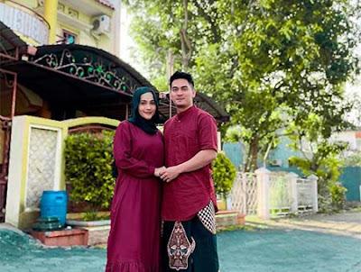 Dafina Jamasir dan Suami