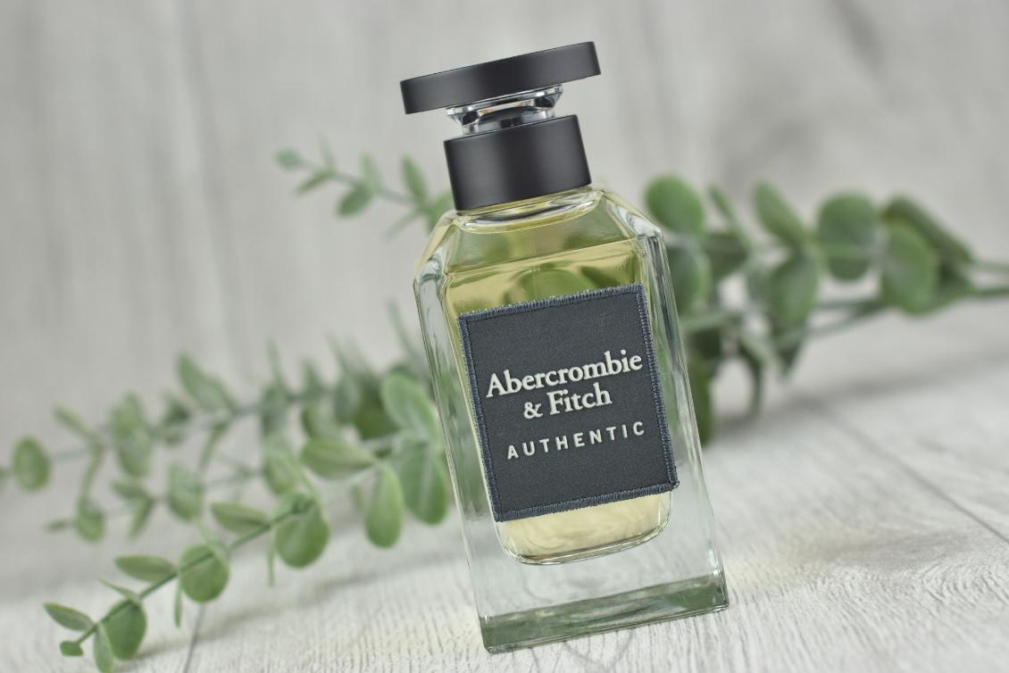 Abercrombie & Fitch - AUTHENTIC Parfum - Duft-Review und Gewinnspiel