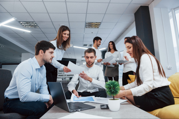Keuntungan Bekerja di Perusahaan Besa