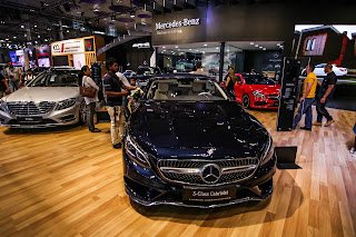 Mercedes Benz S Class displayed at Qatar Motor Show 2017