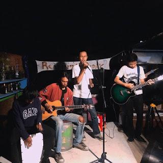 Aksi Tak Mesti Turun ke Jalan, Sambil Bermain Musik Perjal dan Bagar Ajak Warga Tidak Takut Corona