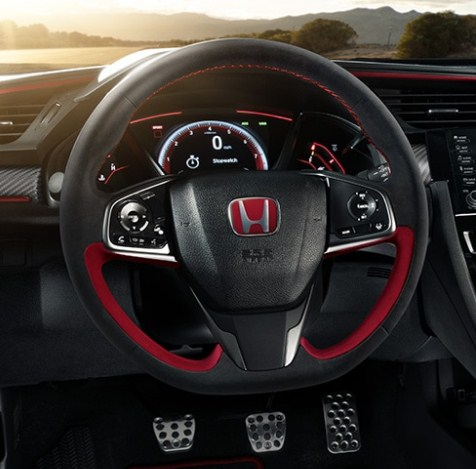 honda-civic-type-r-2020-steering-wheel-and-pedals