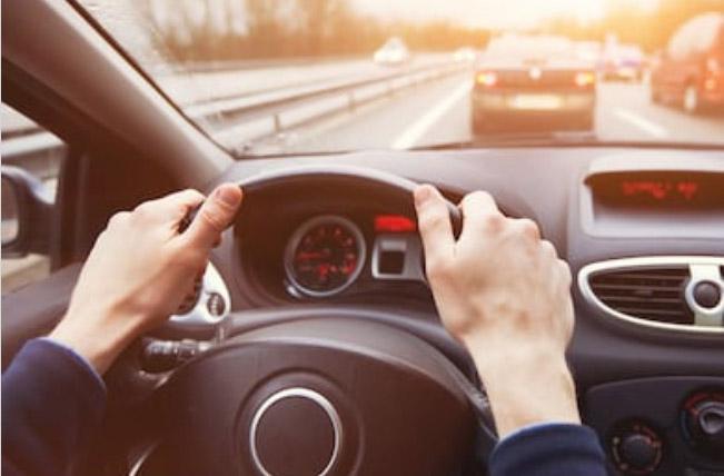 : figure en la póliza, asistencia en carretera, responsabilidad civil, coche moto, contrata un seguro, daños materiales, comparador de seguros, compañías líderes, seguro de coche, calcular tu seguro