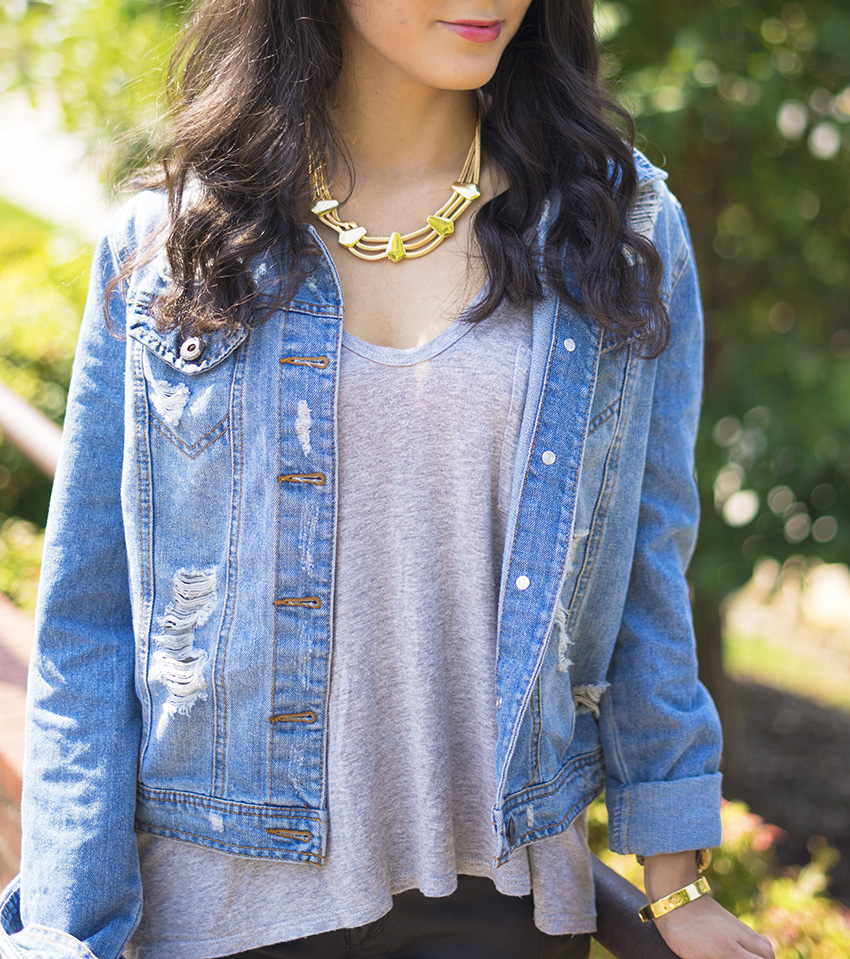 ripped denim jacket fall outfits