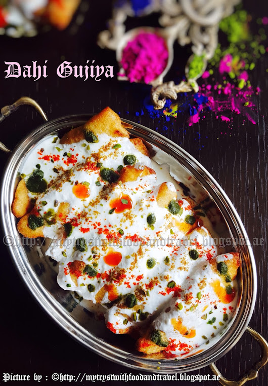 Dahi Gujiya Recipe / Holi Recipes / Stuffed Moon Shaped Lentil Dumplings In Yogurt ~ Holi Hai !!