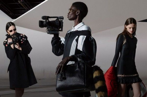 Collection Automne-Hiver 2019 Burberry