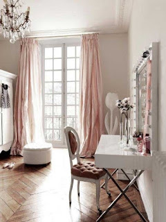 French Style Living Room High Window